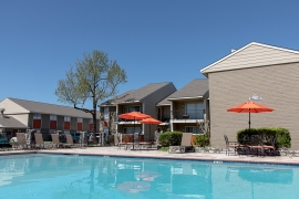 HFF Announces Sale and Acquisition Financing for Southwest Houston Apartment Community
